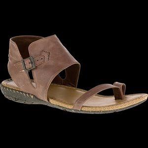 Merrell Gladiator Leather Whisper Post Sandals 9